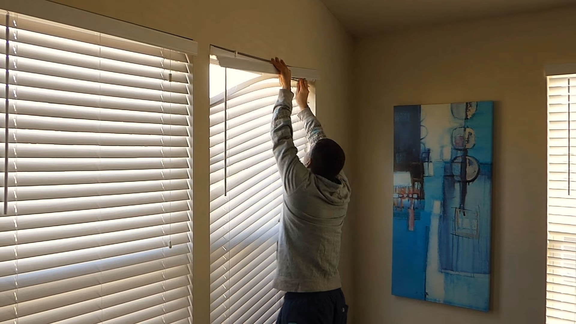 Fixing Broken Window Blinds